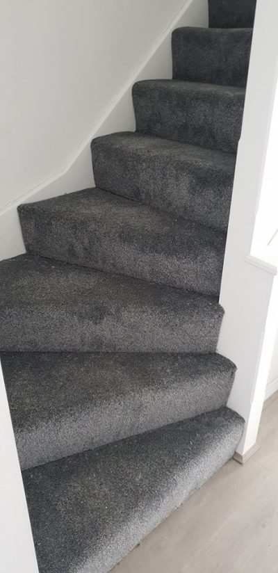 Short-pile carpet for stairs