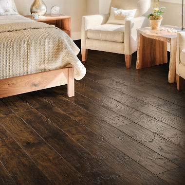dark wood laminate flooring for bedroom